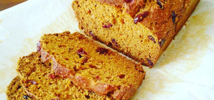Spicy pumpkin cranberry bread