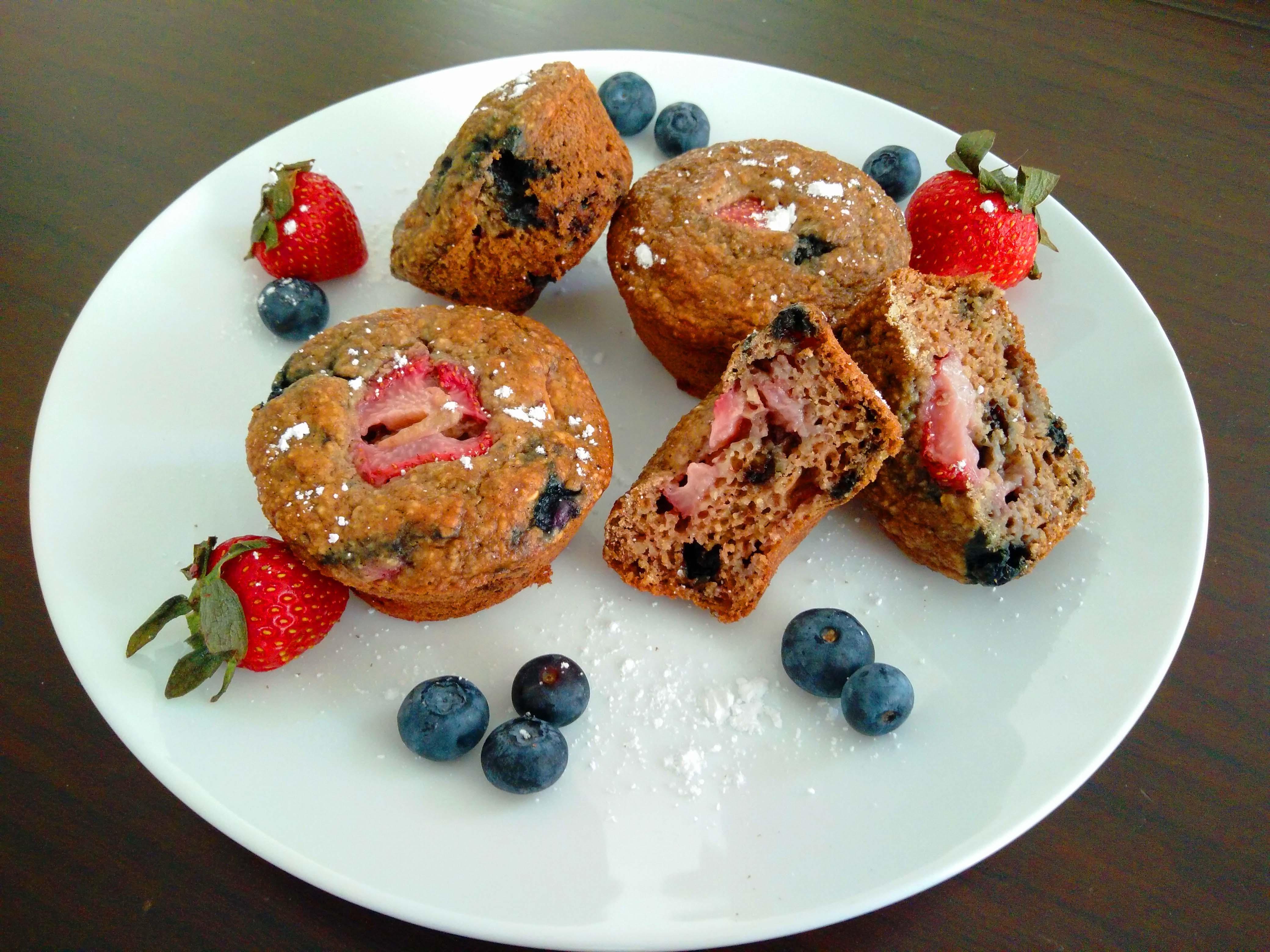 gluten-free-berry-yogurt-muffins-9