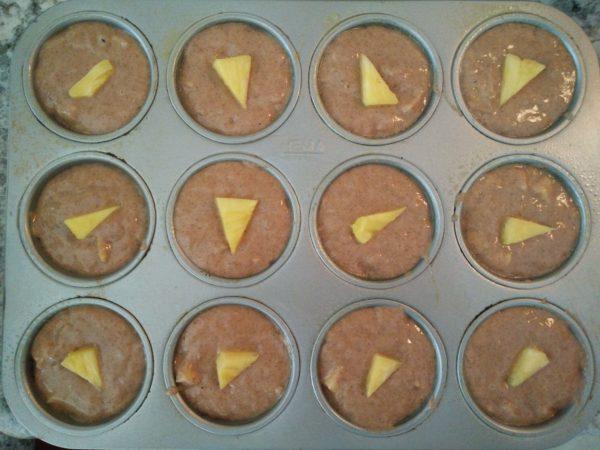 Fresh pineapple banana muffins • Healtholution